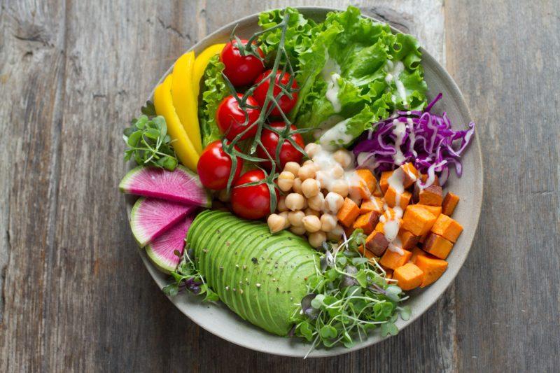 野菜たくさんサラダ