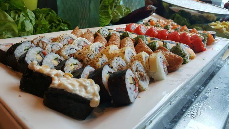 いなり寿司とお寿司