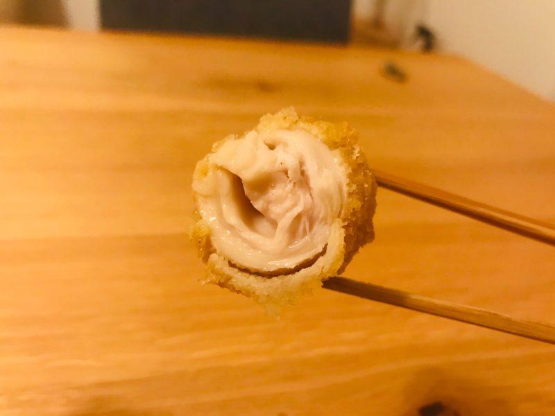 秋川牧園冷凍食品お試しセットの若鶏チーズのササミロール断面